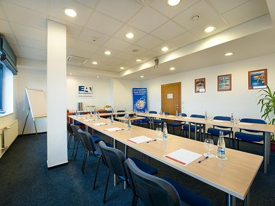Ramada Airport Hotel Prague**** - Boeing Meeting Room