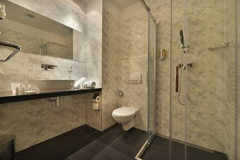 Ramada Airport Hotel Prague**** - bathroom