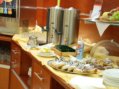 Ramada Airport Hotel Prague**** - breakfast